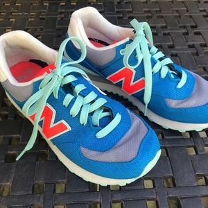 New Balance Classic Sneakers Size 6.5